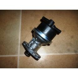 Pompe à essence plastique Matra 530