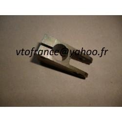 Chape  levier barre 309 gti 16s