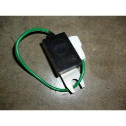 Condensateur anti parasite bobine autoradio